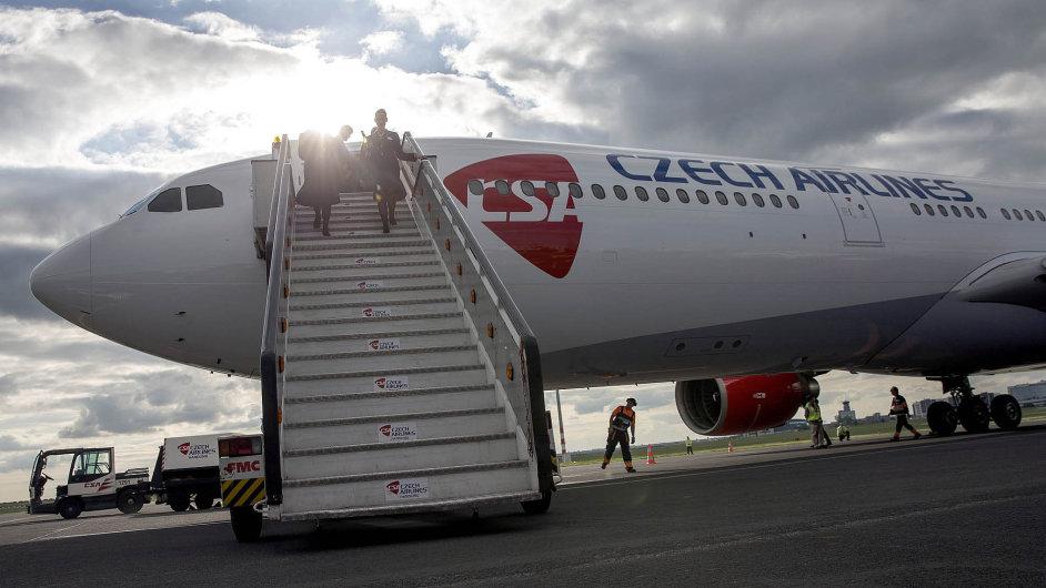 Airbus A330 je největší letadlo ve flotile ČSA. Uveze až 272 cestujících.