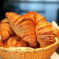 Premi�rov� pe�ivo, tak Francouzi ��kaj� kvalitn�m baget�m a croissant�m.