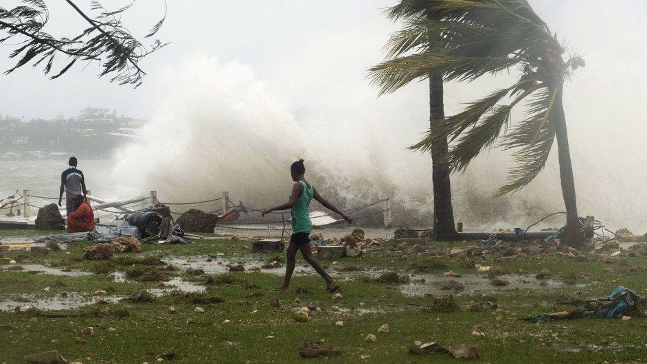 Bouře Pam zpustošila ostrovy Vanuatu