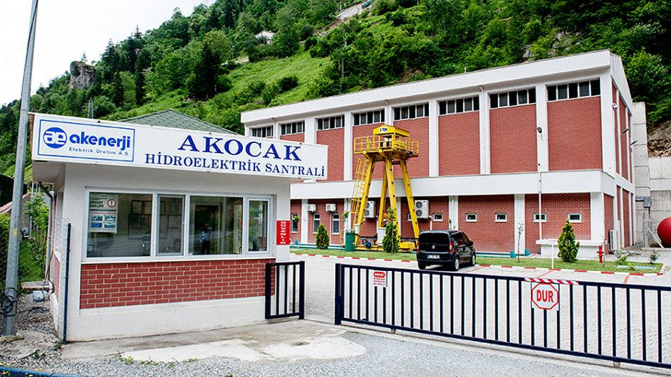 Skupina ČEZ se zbavila své druhé největší vodní elektrárny v Turecku Akocak