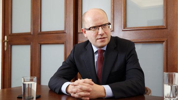 Podle premiéra Sobotky momentálně nehrozí nebezpečí teroristických útoků.