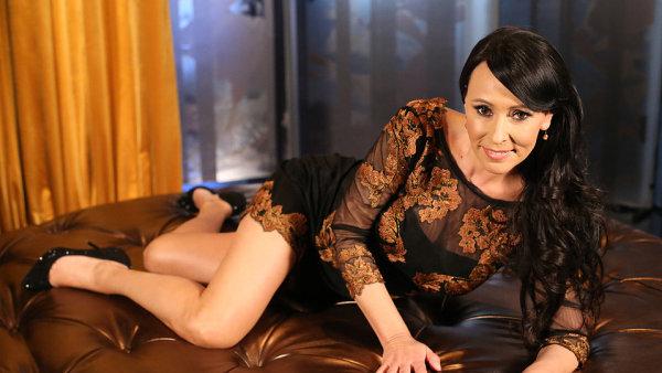 Intim s Heidi Jank� na TV Barrandov kon��