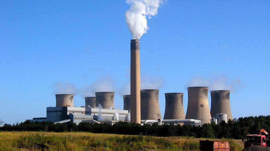 Padesát let v provozu: Elektrárnu Eggborough od ledna 2015 vlastní česká skupina EPH. Hrozilo, že ji bude muset zavřít. To se ale minimálně o rok odkládá.