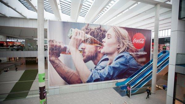 Coca-Cola chce v nové kampani Taste the Feeling posílit ikoničnost značky