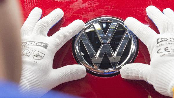Automobilka Volkswagen odmítá, že by pozdě zveřejnila informace o obcházení emisí - Ilustrační foto.