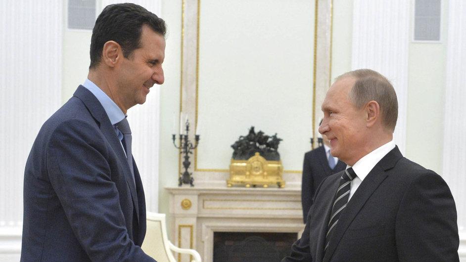 Syrský prezident Bašár Asad se svým ruským protějškem Vladimirem Putinem.
