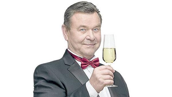 Herec V�clav Postr�neck�, tv�� narozeninov�ch oslav supermarket� Billa