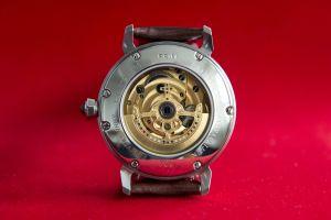 mechanické hodinky Elton 9a109036ad