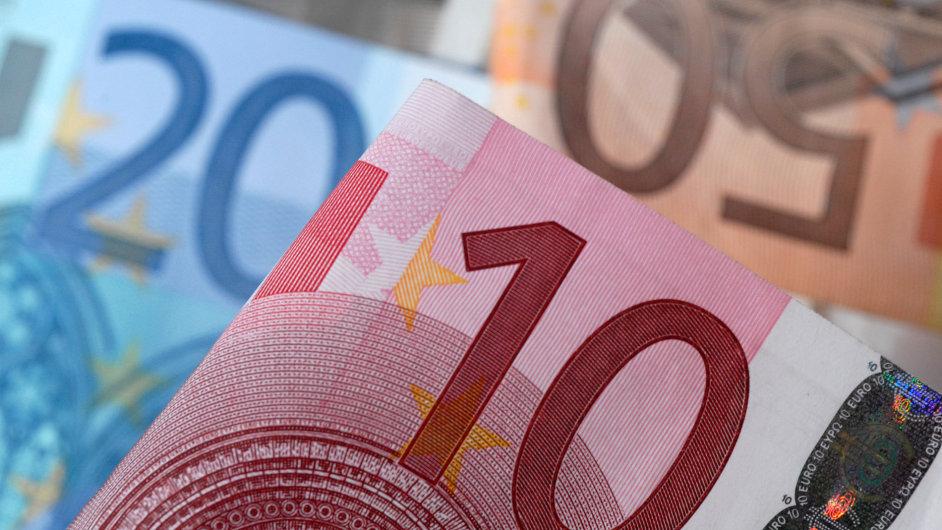 Euro, bankovky, peníze.