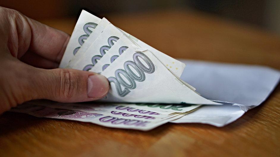 Průměrná hrubá mzda činí  v Česku ve třetím čtvrtletí 31 516 korun. - Ilustrační foto.
