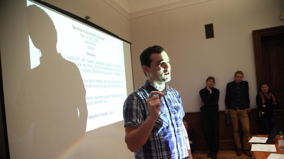 Jakub Drápal studuje díky pomoci nadace Bakala Foundation na univerzitě v Cambridgi.