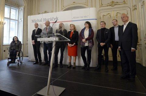 Michal Horáček představil 9. února v Praze své poradce a nadcházející kroky v prezidentské kampani.