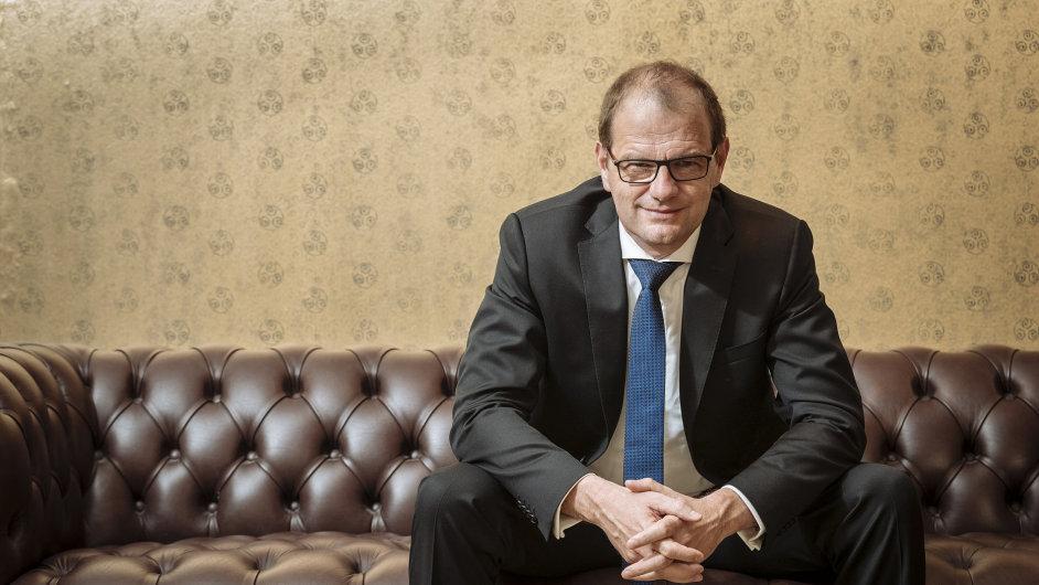 Stefan Kapferer, předseda výkonné rady a členem prezidia Spolkového svazu energetiky a vodního hospodářství