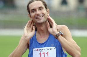 Stokilometrový ultramaraton je náročný, Spartathlon se svými 246 kilometry nedostižným snem