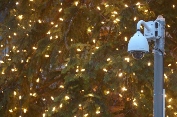 Na vánoční trhy v Mnichově nedohlíží pouze hlídky policistů, ale také kamerový systém.