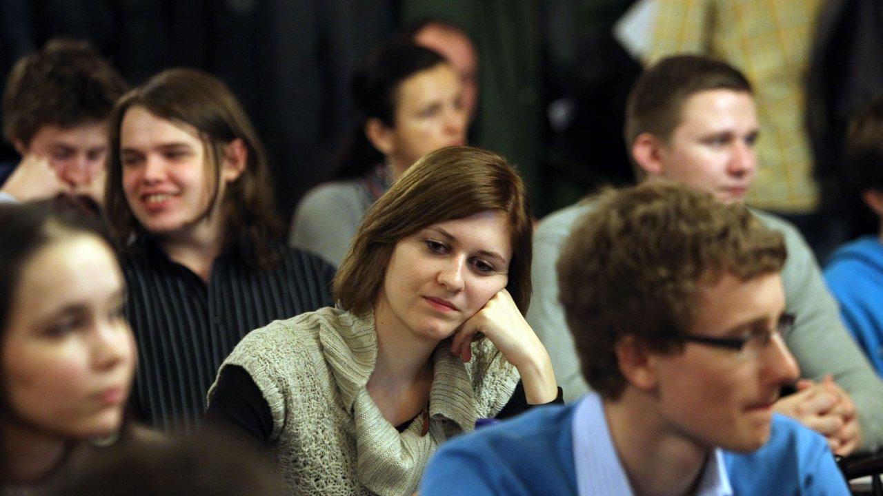 Čeští vysokoškoláci, ilustrační foto