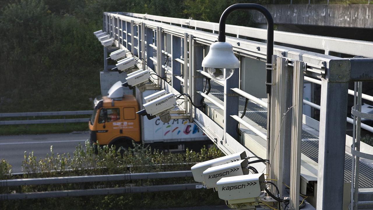 Současný provozovatel mýtného systému Kapsch podpoří připravovaný mýtný tendr (ilustrační foto).