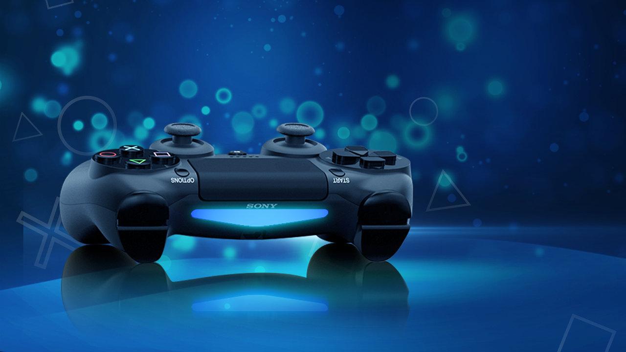 Ovladač pro PlayStation 5, novou herní konzoli společnosti Sony.