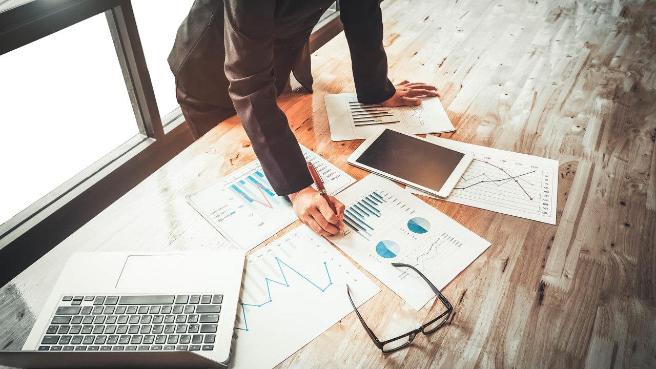 Dobudoucna se nejspíš počet firem, knimž data nejsou dostupná, výrazně sníží. Stát plánuje, že by výkazy dorejstříku nahrával rovnou finanční úřad.