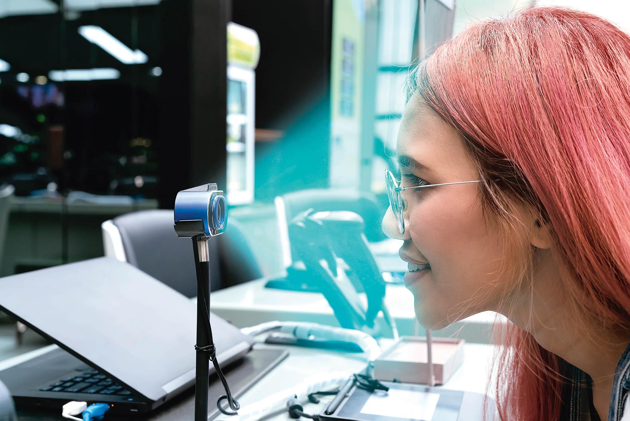Díky ověření platby v obchodě pomocí rozpoznání obličeje klienti u sebe nebudou muset mít platební kartu ani použít svůj mobil.