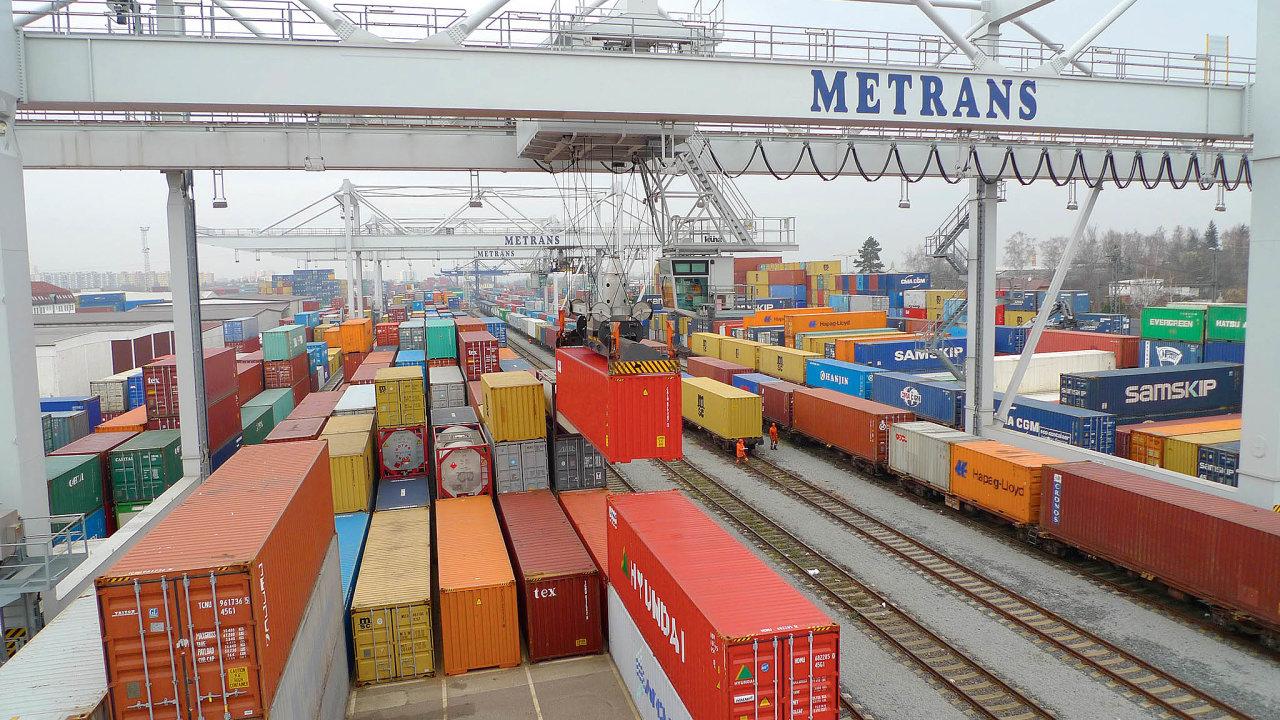 Obsluha kontejnerových vlaků na terminálu Metrans Praha-Uhříněves