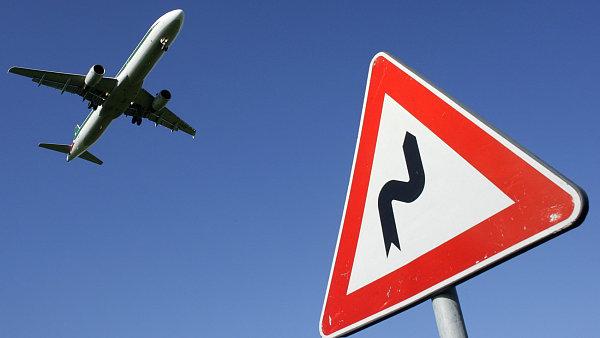 Dopravní letadlo ve vzduchu