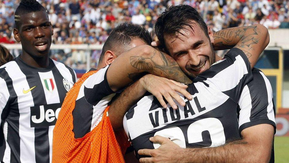 Radost hráčů Juventusu v Catanii