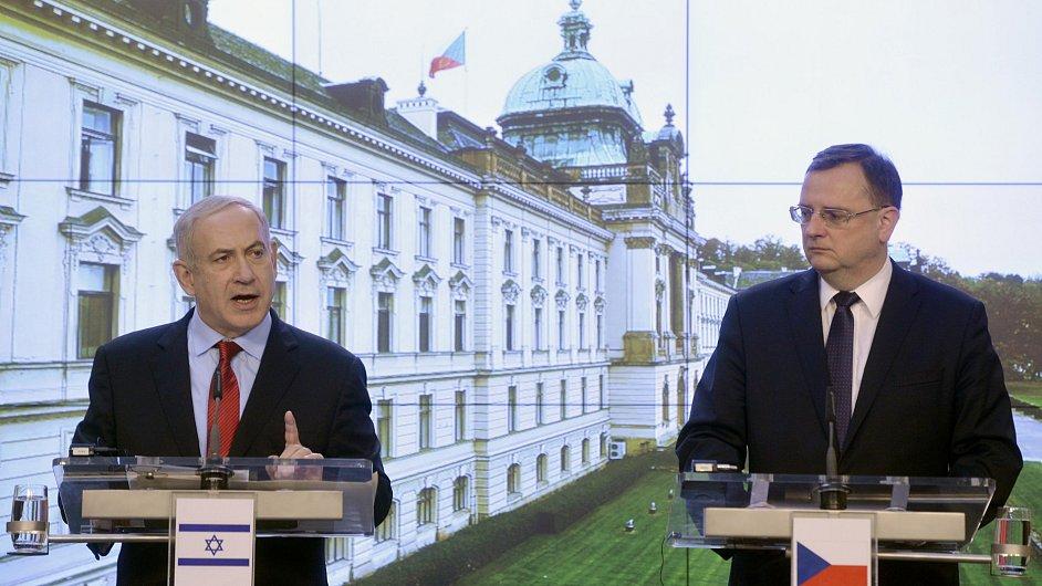 Izraelský premiér Benjamin Netanjahu na tiskové konferenci s premiérem Petrem Nečasem.