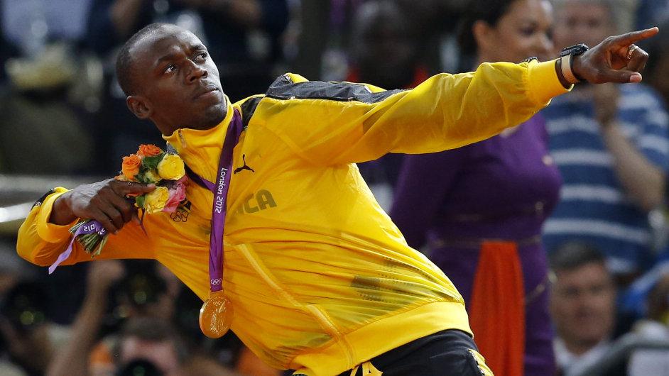 Usain Bolt a jeho tradiční gesto