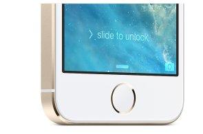 Nejdražším doplňkem iPhonu budou vozy Ferrari. Apple míří do aut s technologií CarPlay