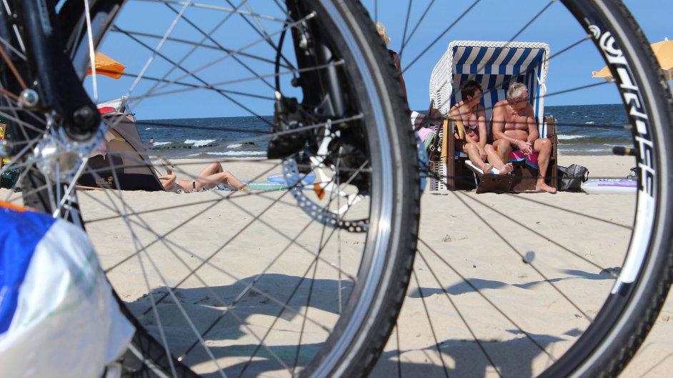 Od pramene Nisy k pobřeží Baltu vede cyklotrasa po pohodlných asfaltkách