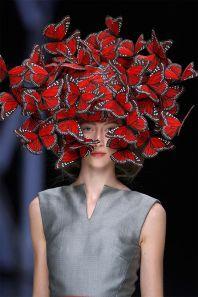 Výstava se bude věnovat módnímu návrháři Alexanderu McQueenovi.