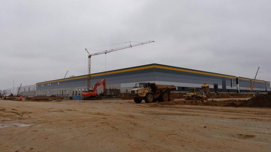 Výstavba logistického parku v Dobrovízi
