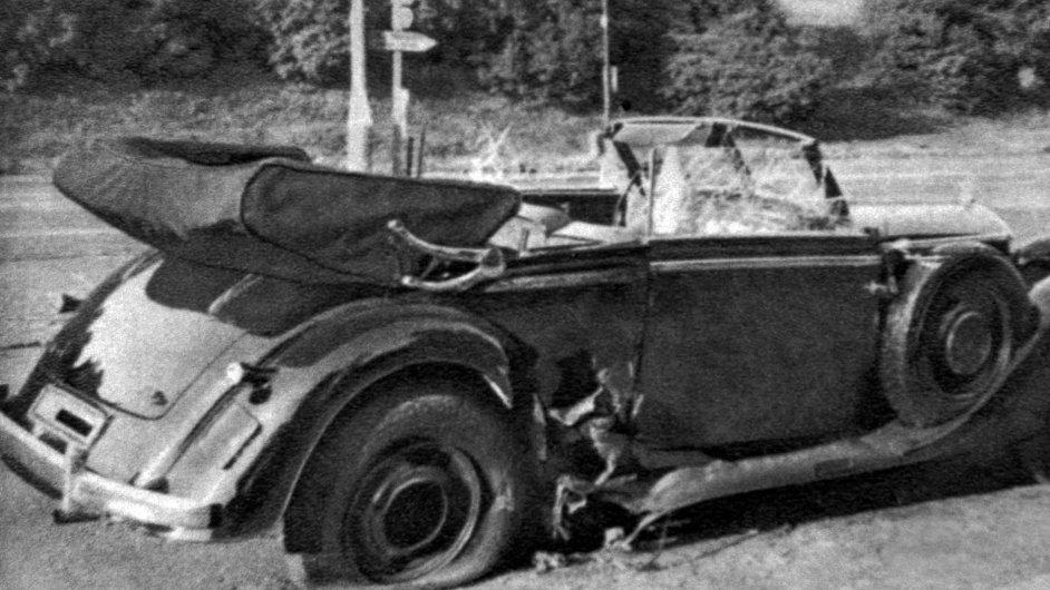 Je to on? O původ pravého mercedesu Reinharda Heydricha se vedou spory. Na archivním snímku je ten správný.