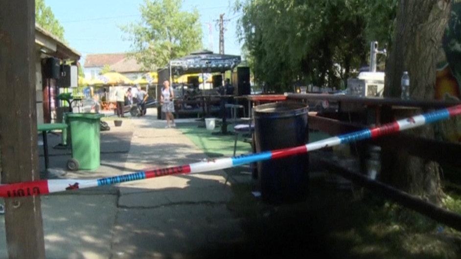 Srbsko, útočník střílel v kavárně