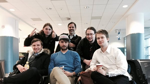 Tým agentury Red Media s šéfem českého AdFormu Michaelem Štádlerem (nahoře uprostřed).