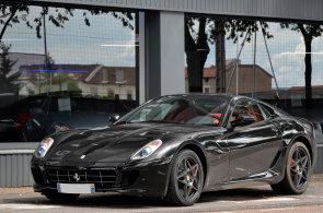 Ferrari 599 GTB za deset let zdvojnásobilo svou cenu. Kvůli manuální převodovce za něj zájemci zaplatí i 17 milionů korun
