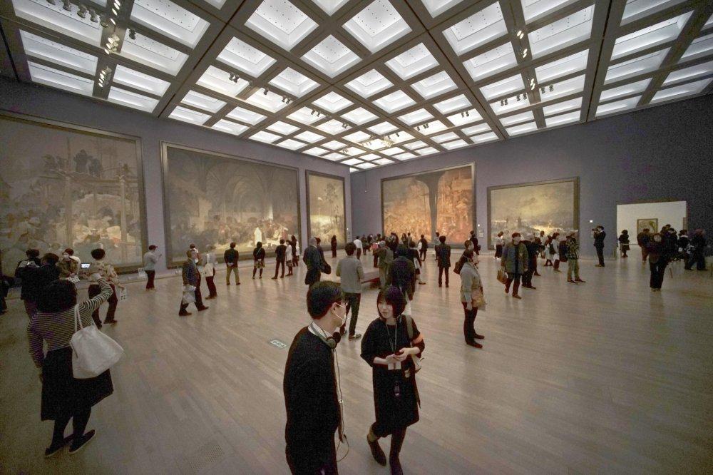 Od středy mohou Japonci spatřit Slovanskou epopej. Všech dvacet pláten  českého malíře Alfonse Muchy do zahraničí vycestovalo poprvé. 3b456f97e5