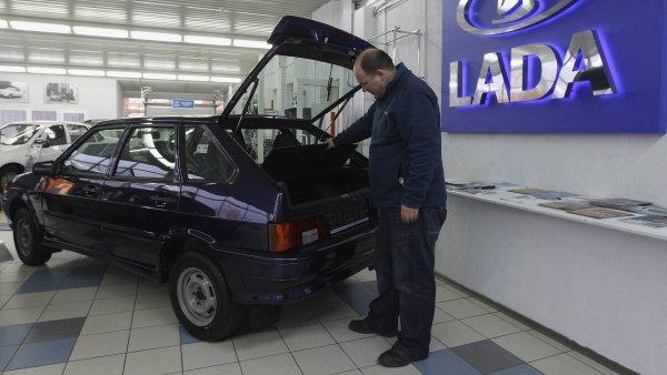 Automobilka AvtoVaz v posledních letech propustila již tisíce zaměstnanců.