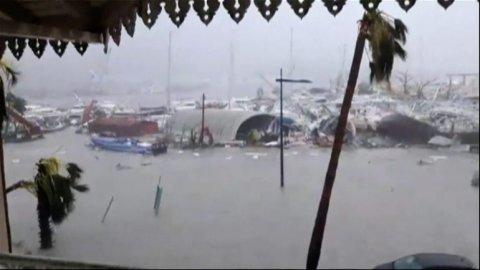 Ostrov Barbuda zdevastoval hurikán Irma.