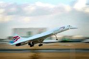 Příští rok se představí stroje, které mají létat z Londýna do New Yorku za tři hodiny. Do jednoho z nástupců Concordu investuje i Branson