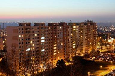 Byty, Praha, sídliště, panelák, paneláky, byt, výstavba, nájem, hypotéka, hypotéky, půjčky, bydlení.