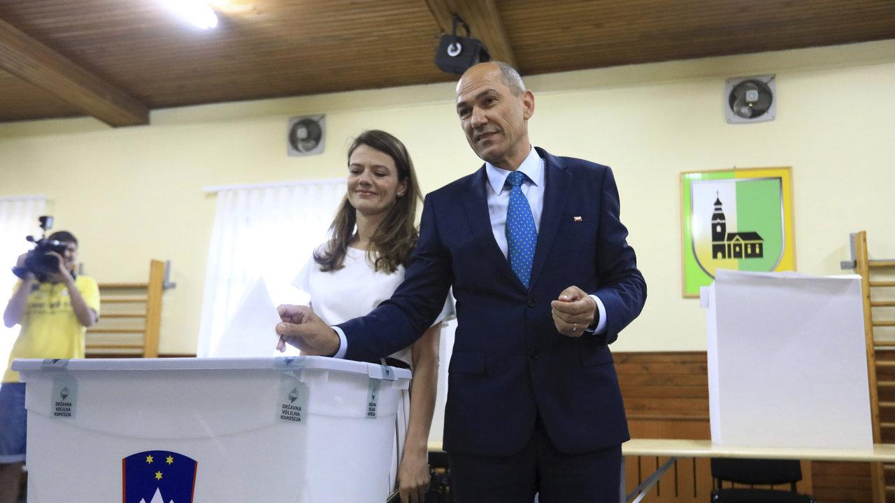 Janez Janša, předseda Slovinské demokratické strany (SDS).