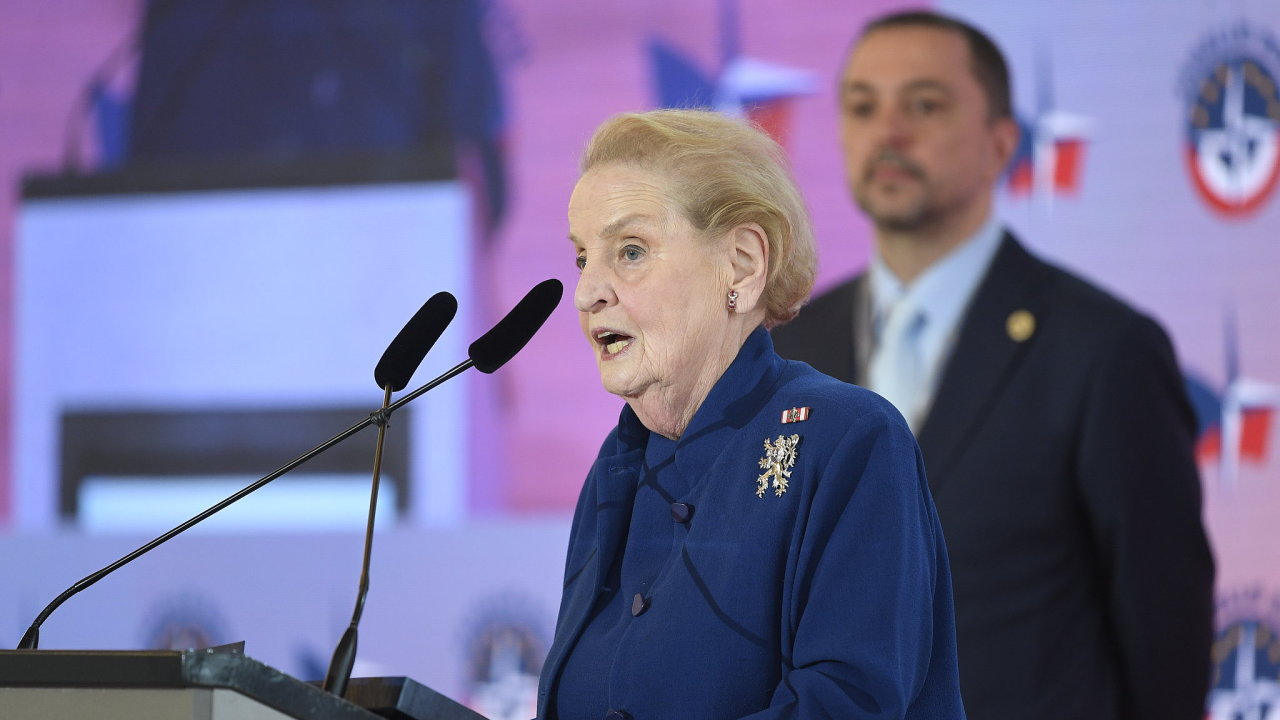 Madeleine Albrightová na oslavách 20 let vstupu do NATO v Praze.