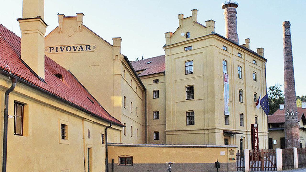 Komunisté ho uzavřeli aznovu seotevřel vroce 2015. Vedle knížecího pivovaručást užívá Národní technické muzeumproexpozici ostavitelství.