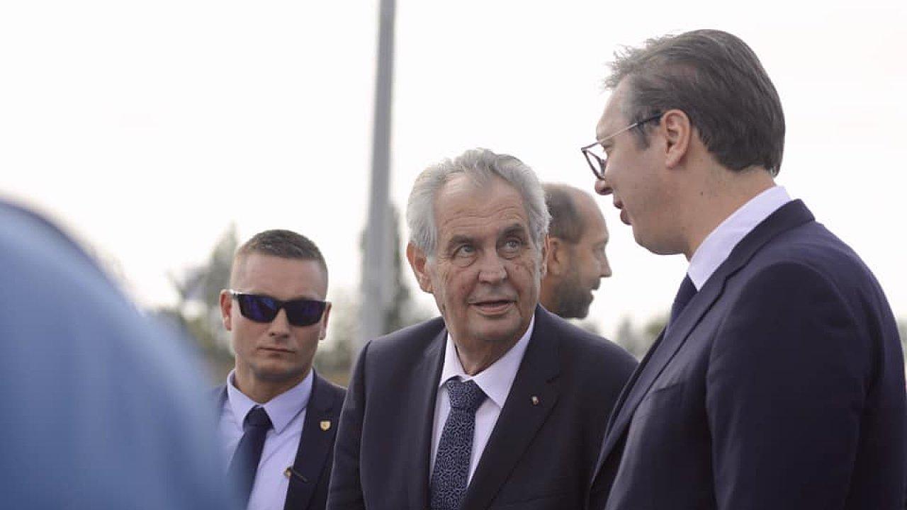 Český prezident Miloš Zeman a jeho srbský protějšek Aleksandar Vučić.