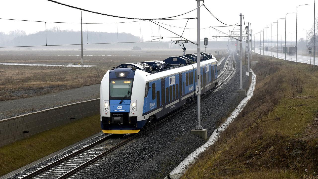 RegioPanter vbarvách Českých drah. Nové vlaky budou patřit přímo kraji.