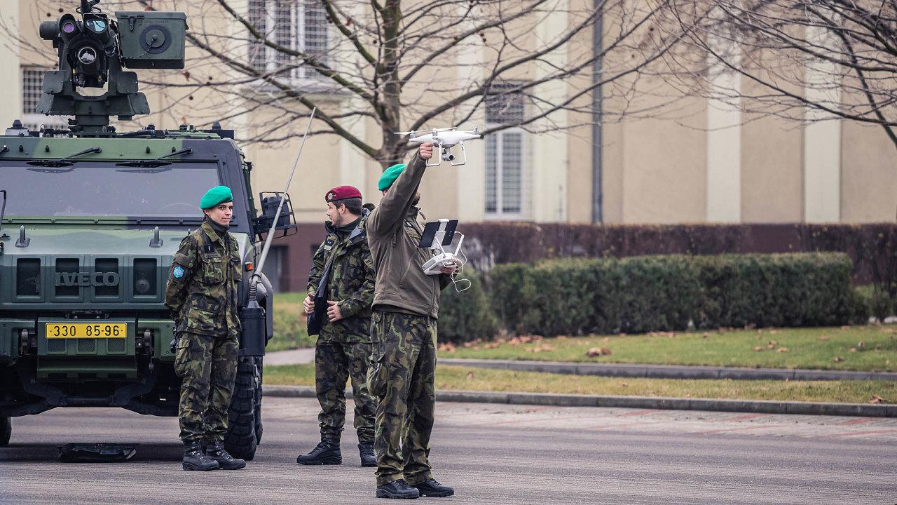 Drony vevýzbroji: VProstějově vznikl počátkem roku 533.prapor bezpilotních systémů české armády.