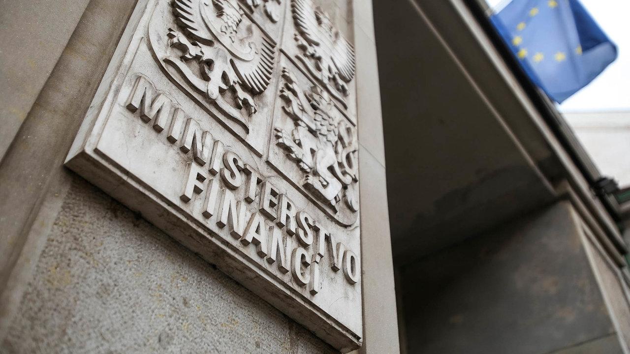 Po prvních dvou měsících roku skončil státní rozpočet se schodkem 27 miliard korun.