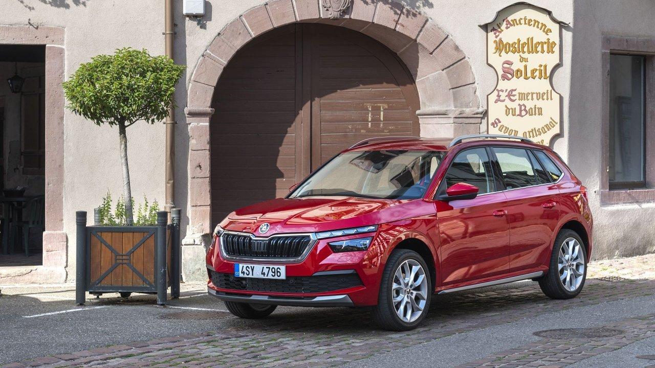 Na třetí příčce se umístil český zástupce v podobě Škody Kamiq. Jde o SUV, které je postavené na stejné platformě jako model Scala, ten se však Škoda rozhodla do soutěže nepřihlásit.